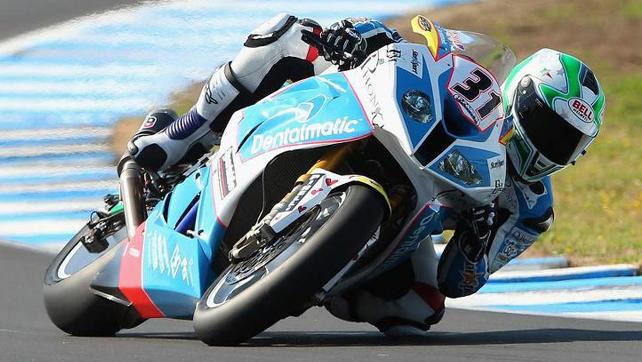 Vittorio_Iannuzzo_Qualifiche_Superbike_Australia_Phillip_Island_2013