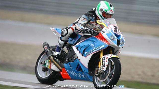 Vittorio_Iannuzzo_Grillini_Dentalmatic_SBK_BMW_S1000RR_Superbike_2013_Olanda_Assen_01