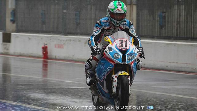 Vittorio_Iannuzzo_Grillini_Dentalmatic_SBK_BMW_S1000RR_Superbike_2013_Italia_Monza_01