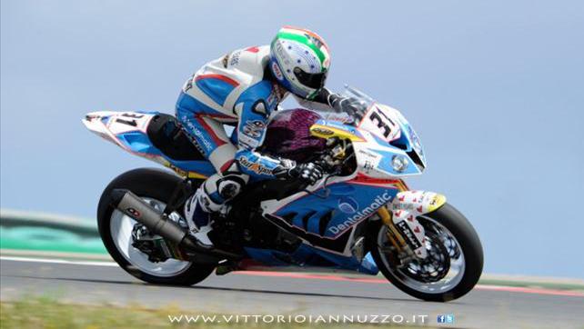 Vittorio_Iannuzzo_Grillini_Dentalmatic_SBK_BMW_S1000RR_Superbike_2013_Portogallo_Portimào_01