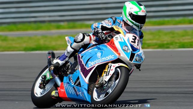 Vittorio_Iannuzzo_Grillini_Dentalmatic_SBK_BMW_S1000RR_Superbike_2013_Russia_Moscow_Raceway_01