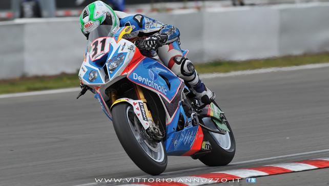 Vittorio_Iannuzzo_Grillini_Dentalmatic_SBK_BMW_S1000RR_Superbike_2013_Germania_Nurburgring_11