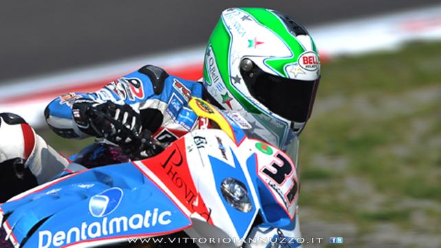 Vittorio_Iannuzzo_Grillini_Dentalmatic_SBK_BMW_S1000RR_Superbike_2013_Germania_Nurburgring_15