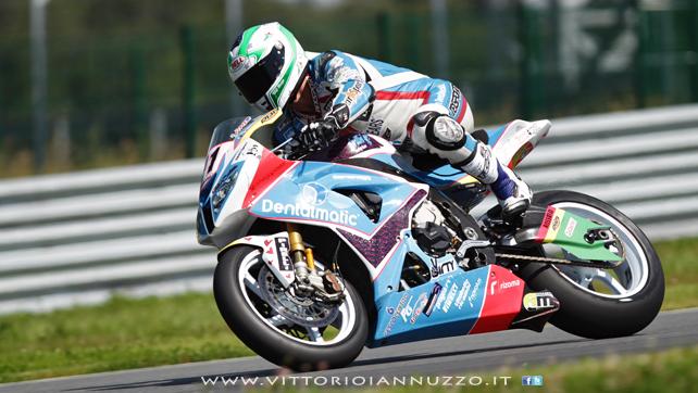 Vittorio_Iannuzzo_Grillini_Dentalmatic_SBK_BMW_S1000RR_Superbike_2013_Russia_Moscow_Raceway_08