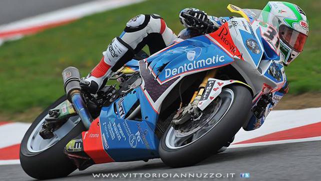 Vittorio_Iannuzzo_Grillini_Dentalmatic_SBK_BMW_S1000RR_Superbike_2013_Francia_Magny_Cours_06