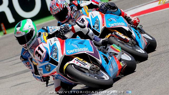 Vittorio_Iannuzzo_Grillini_Dentalmatic_SBK_BMW_S1000RR_Superbike_2013_Italia_Imola_50