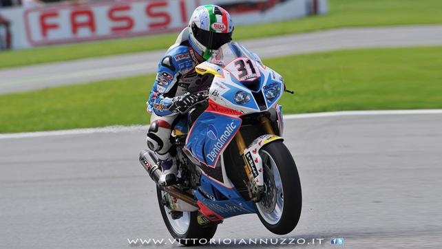 Vittorio_Iannuzzo_Grillini_Dentalmatic_SBK_BMW_S1000RR_Superbike_2013_Italia_Monza_13