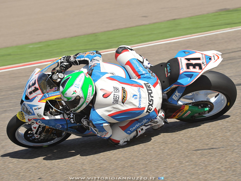 Vittorio_Iannuzzo_Team_Grillini_Dentalmatic_SBK_BMW_S1000_RR_Superbike_2013_Spagna_Aragon_17