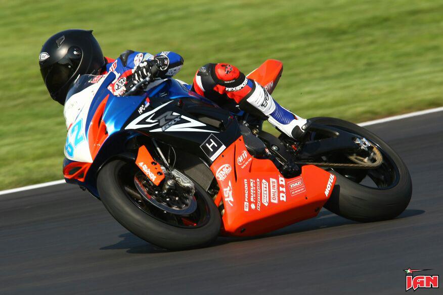 Vittorio_Iannuzzo_IDM_Supersport_HPC_Power_Suzuki_Germania_2014_Test_Lausitzring_03