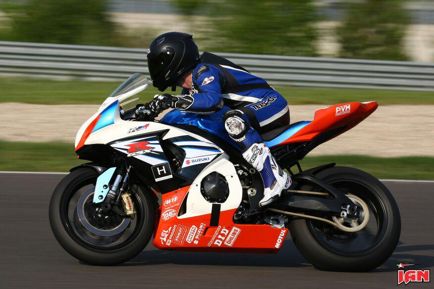 Vittorio_Iannuzzo_IDM_Supersport_HPC_Power_Suzuki_Germania_2014_Test_Lausitzring_09