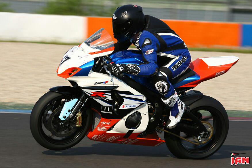 Vittorio_Iannuzzo_IDM_Supersport_HPC_Power_Suzuki_Germania_2014_Test_Lausitzring_11