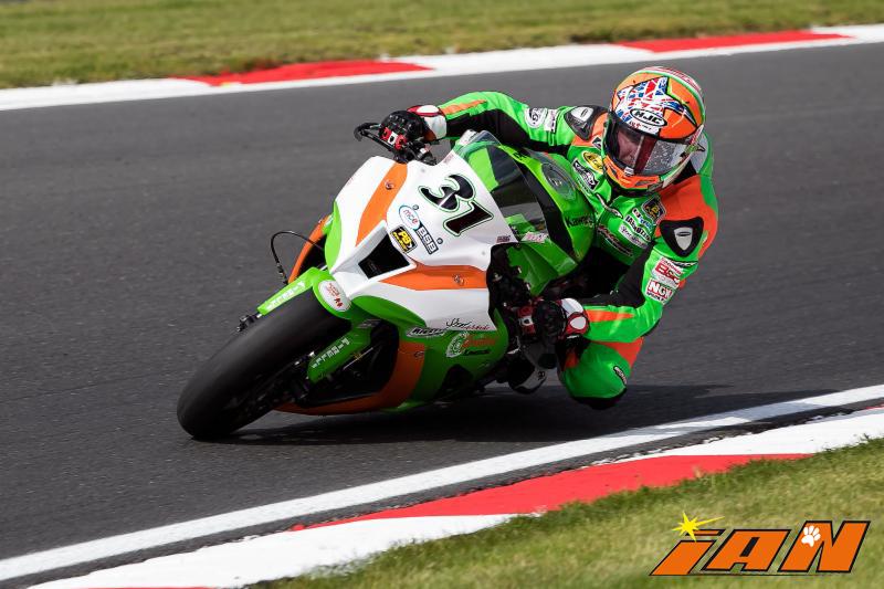 Vittorio_Iannuzzo_BSB_British_Superbike_MCE_Gearlink_Kawasaki_Ninja_ZX10_1000_Pirelli_Inghilterra_2016_Foto_Brands_Hatch_Indy