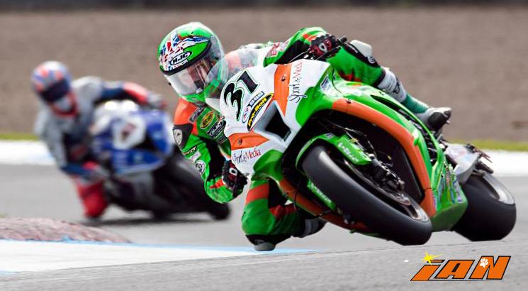 Vittorio_Iannuzzo_BSB_British_Superbike_MCE_Gearlink_Kawasaki_Ninja_ZX10_1000_Pirelli_Inghilterra_2016_Foto_Knockhill